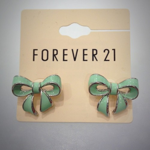Forever21 you know me so well #turquoisebows