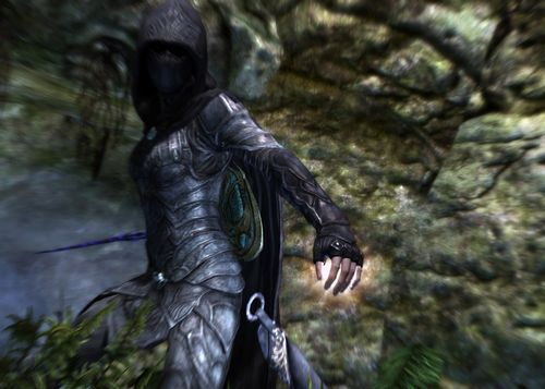 Elder Scrolls: Skyrim - Player Character in Nightingale Armor