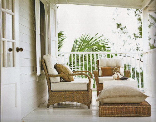 beachhouselifeandstyle:  Relax x Island Life, India Hicks & David Flint Wood, Photography by David Loftus.