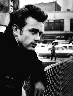 itsamaysworld:  James Dean