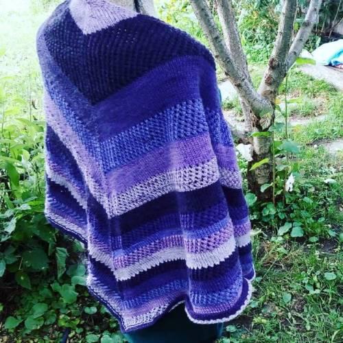 knits knitter knittersofinstagram knitshawl knitting knit