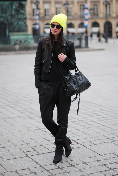 the-streetstyle:  Paris Fashion Week Day 1via fashionvibe-blog