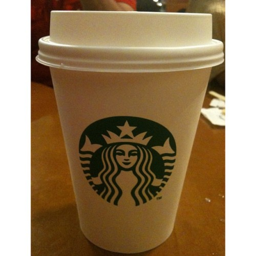 Caramel Macchiato. #starbucks #sbucks #caramel #macchiato #coffee (at Starbucks Coffee)