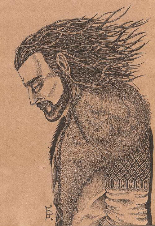 Crown of thorns by ~GizTheGunslinger Another drawing with Thorin Oakenshield. My sister said that it's very Gothic and added that his hair looks like a crown of thorns. And I thought - it sounds great!Tools: black isograph on kraft paper.