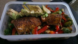 Yesterdays lunch. Cajun spiced salmon with kale mushrooms, peppers & avocado.