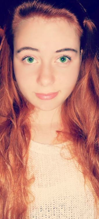 I think I would look good as a ginger :3 I also had drew some freckles on … well what can I say, Photoshop is not really my kind of guy :/ x.