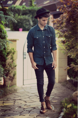 gentleman-forever:  Double Denim facebook.com/GentlemanF