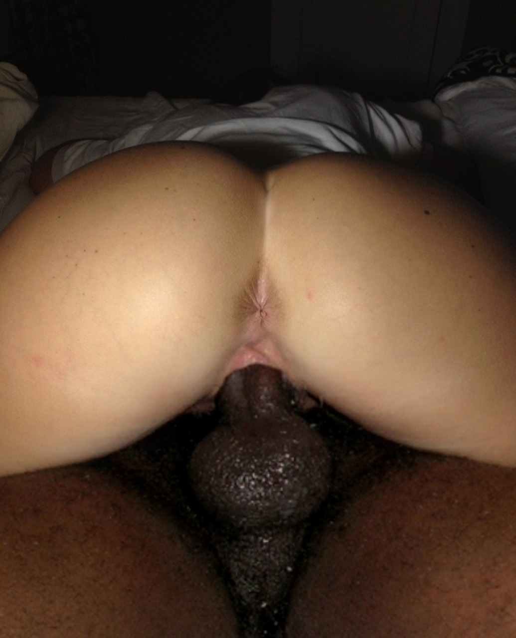 c9j22i11s28:  Nice pic from behind of Jay D. pushing his black dick inside of me from underneath. ;-)