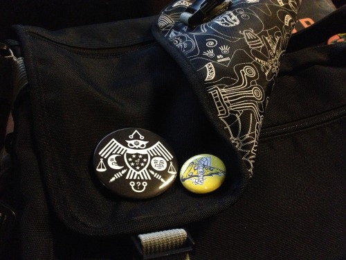 new buttons for my record bag :)