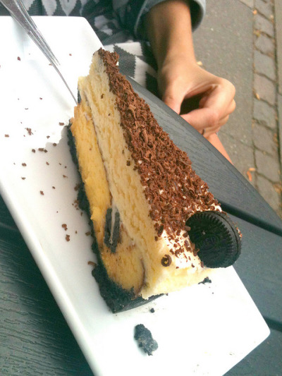 Oreo Cheesecake by DolceDanielle on Flickr.