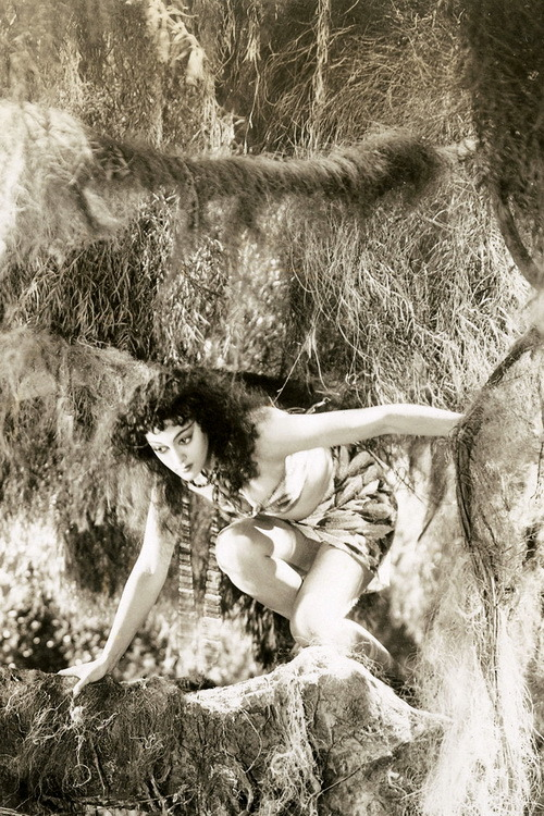 Island of Lost Souls (1933) Kathleen Burke as Lota the Panther Woman