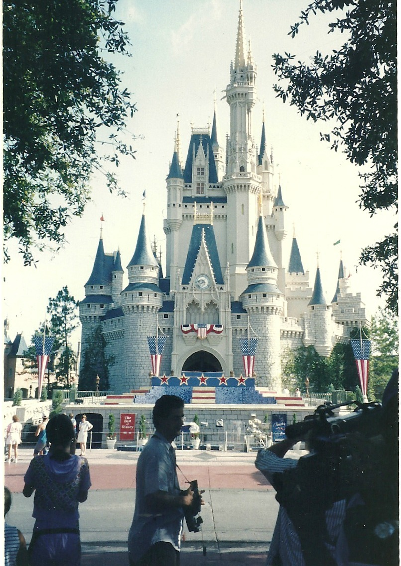 emptyvesselsmakethemostnoise:  a picture of the disneyland castle my mum took in the 90's
