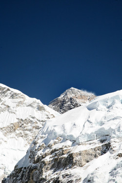 seladaw:  satvrn:   Mt Everest by amd300466 on Flickr.      x