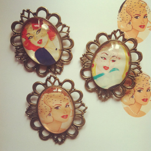 New brooches ! ♥ Birdcage Veil collection featuring Grace Kelly ♥