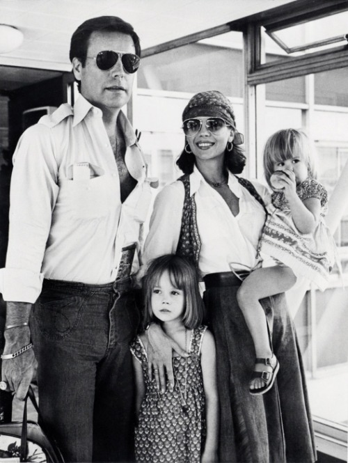 Robert Wagner and Natalie Wood with their children.