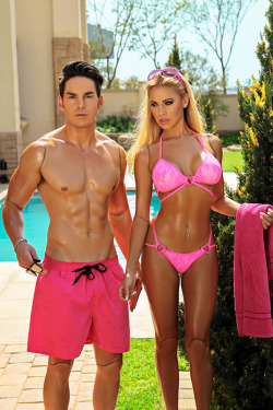 badgalfashion:  ladiess-and-gentlemen:  this is so cool  barbie and ken !