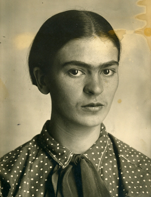sisterwolf:  Frida circa 1926, photo taken by her dad Guillermo via