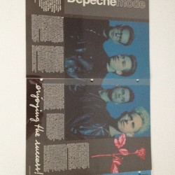 Dépêche Mode, a vintage article that I collect and still in very good condition back in the date when they released Violator album which became huge success…