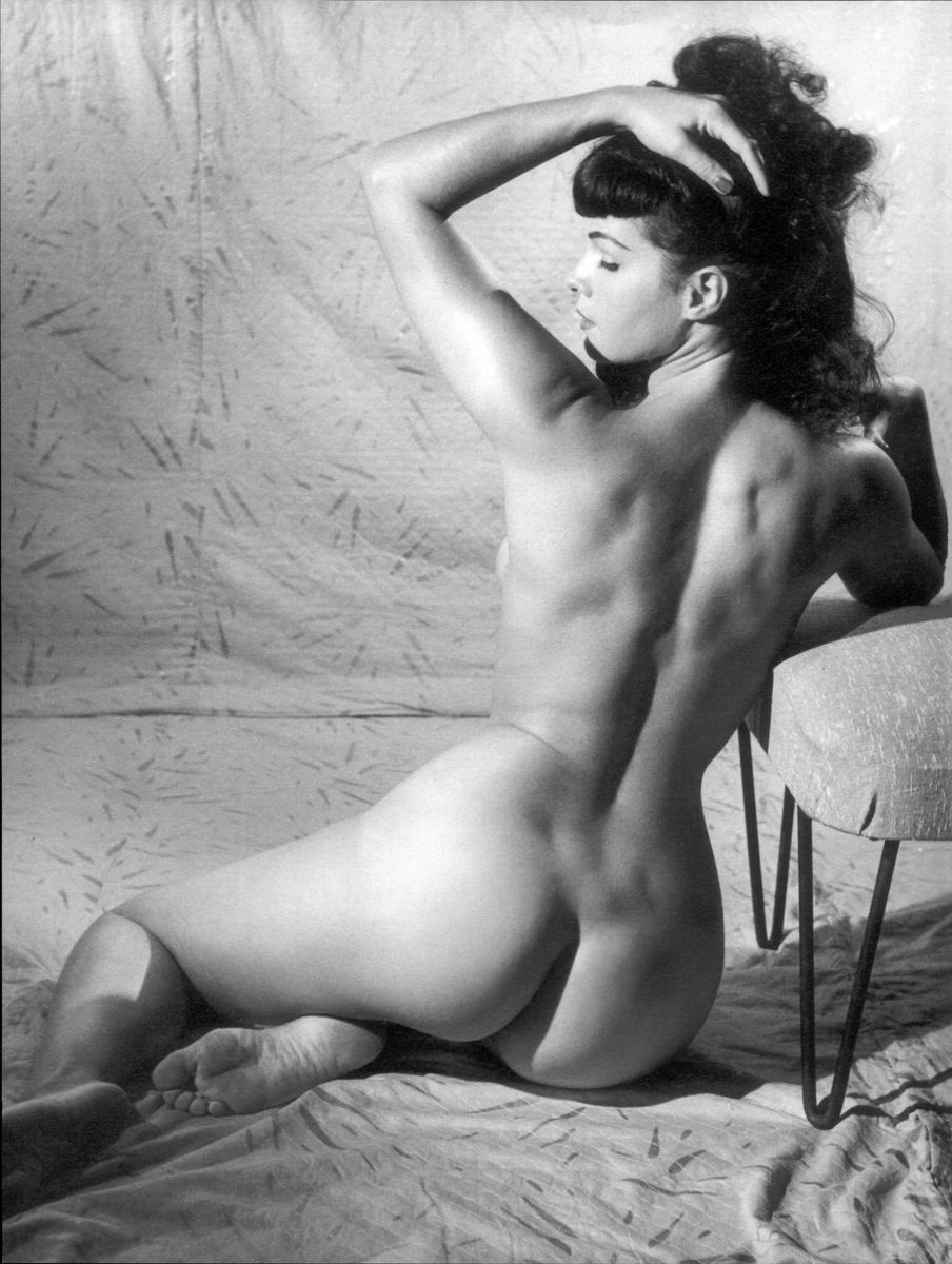 retrogasm:  Bettie Page