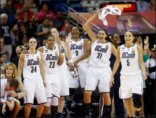 lindseyshawss:  Your 2013 NCAA Women's National Champions, the Uconn Huskies