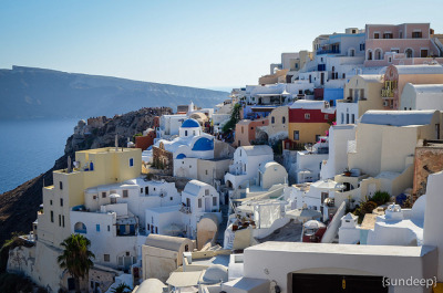 sunpanther:  Town of Oia on Flickr.  #honeymoon destination? Hmmm.