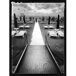 Sup from Lido, Italy. #Italy #beach #blackandwhite #perspective #clouds #line #traveling