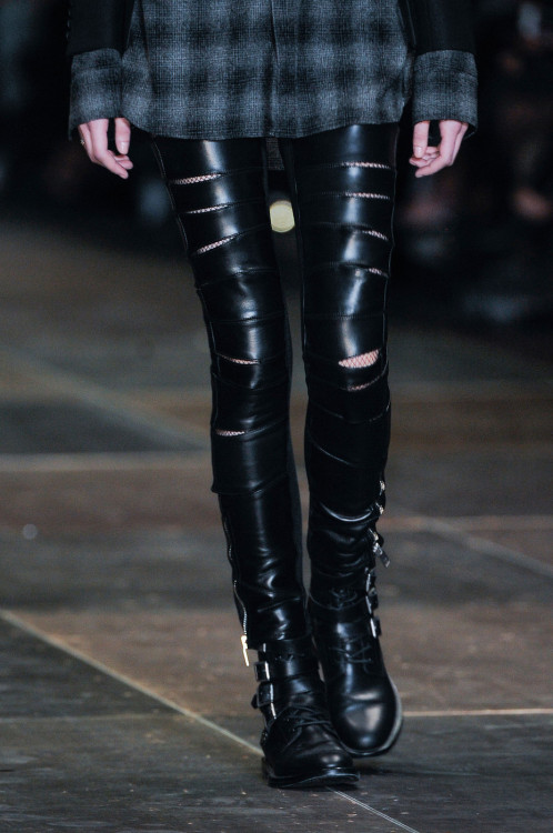suicideblonde:  Saint Laurent Fall 2013