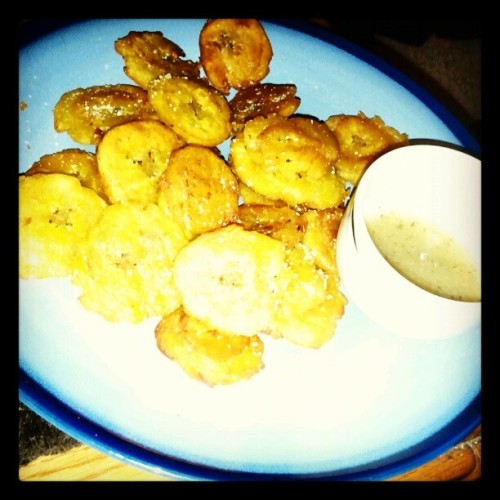 Not a meal without homemade tostones!  #yum