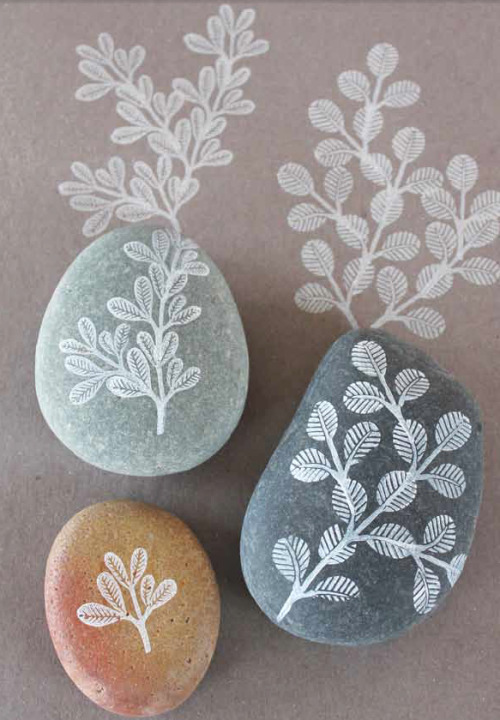 "Find how-to instructions and templates to create this Pretty Stamped Stone Gift from ""Making an Impression"" by Geninne Zlatkis. Your last-minute holiday gifts just got a little bit easier and a whole lot lovelier."