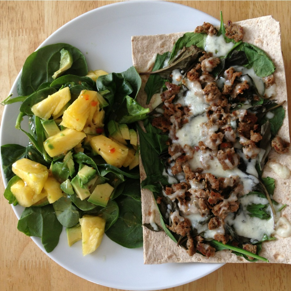 Lunch: pizza (whole wheat lavash, spinach, basil, homemade turkey sausage, and lite mozzarella) and a side of salad (spinach, avocado, pineapple, and low-fat Italian dressing). (364 cals)