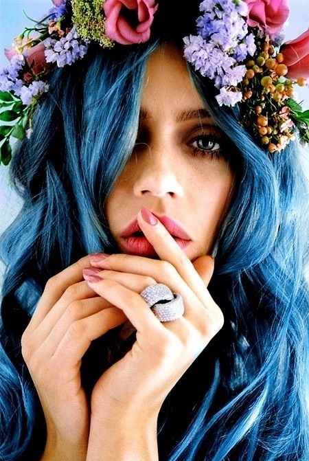 londonwarrior:  I love being a blue haired lady :]