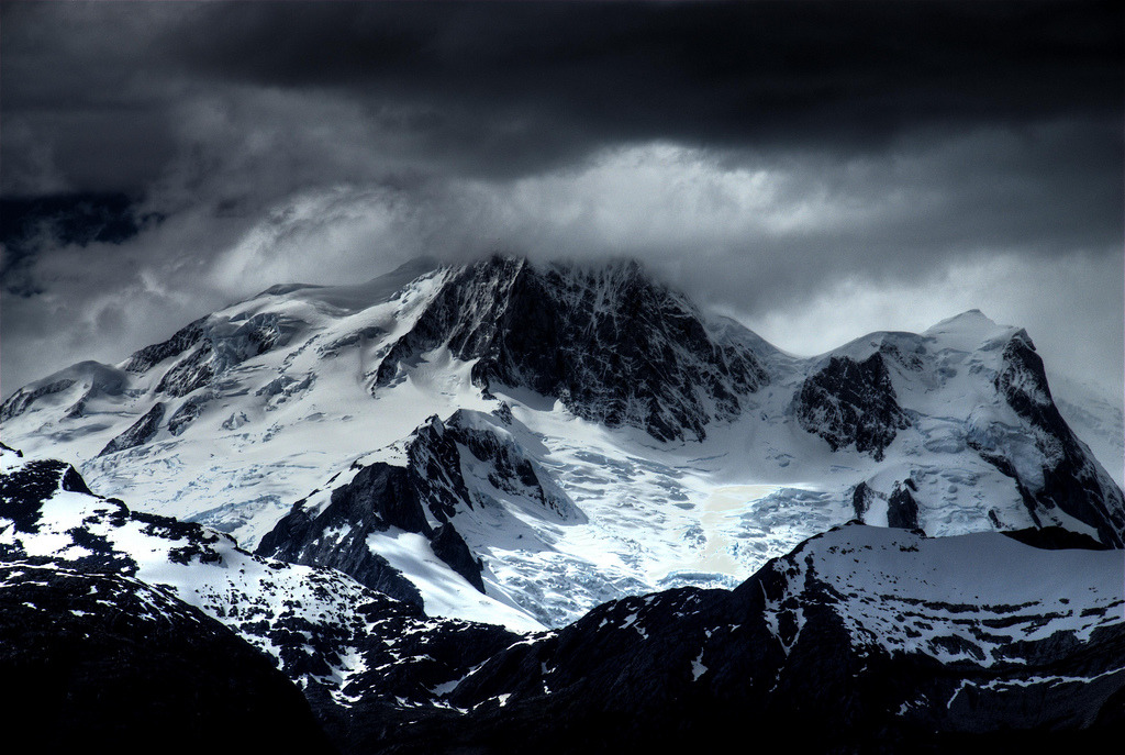 Snow Capped Mountain (by Thad Roan - Bridgepix)