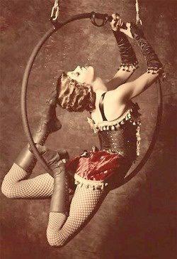debtcircus:  Love a bit of vintage circus!
