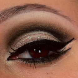 makeup-madness:  happy 2013!