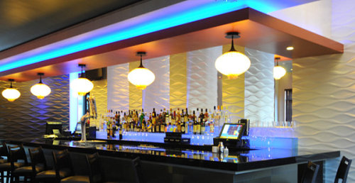 It's Saturday night! Time to pop by your local trendy bar… and these bars are trendy!  10 Inspiring Restaurant Bars With Modern Flair via Decoist