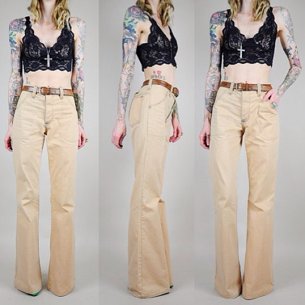 noirohiovtg:  insane 70's bell bottoms • just added to the Etsy shop! #vintage #etsy #thebest
