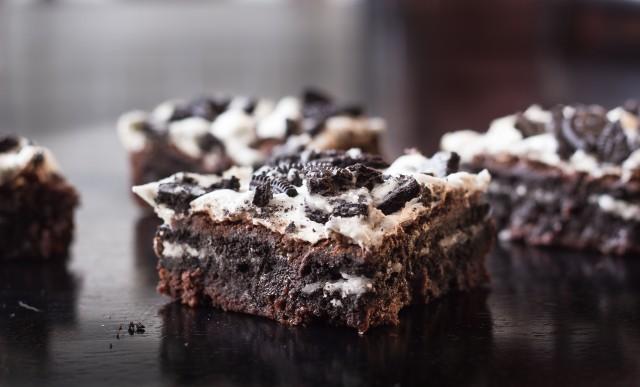 Oreo Toffee Brownies