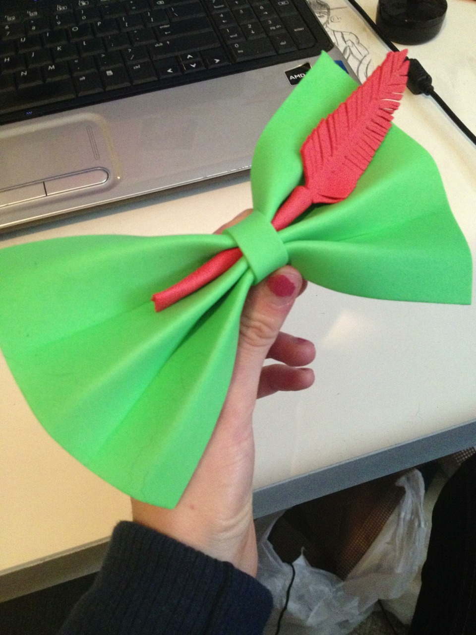 sirenwithcoldfinns:  Peter Pan themed hair bow for my Disney trip Friday!