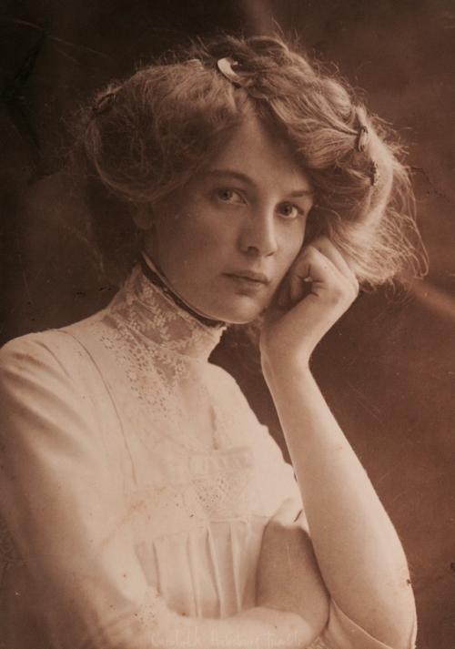 antique vintage edwardian Belle Époque Edwardian fashion 1910s beauty