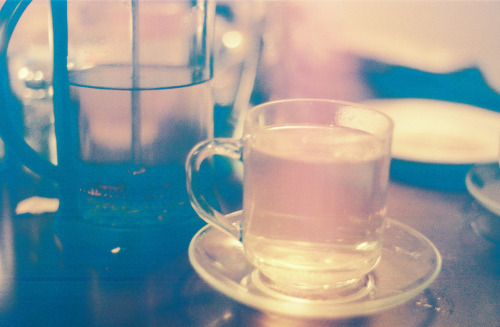 taylor-randal-photography:  Tea time in Port Townsend