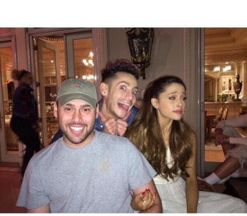 @arianagrande: this photo says so much @scooterbraun @frankiejgrande