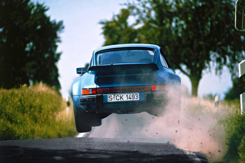 automotivated:  1975 Porsche 911 Turbo 3.0 (930) (by Auto Clasico)