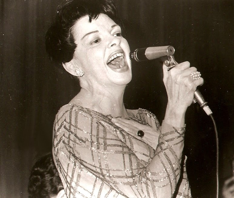 operaqueen:  Very Late photos of Judy Garland. 1968 in London, I believe.