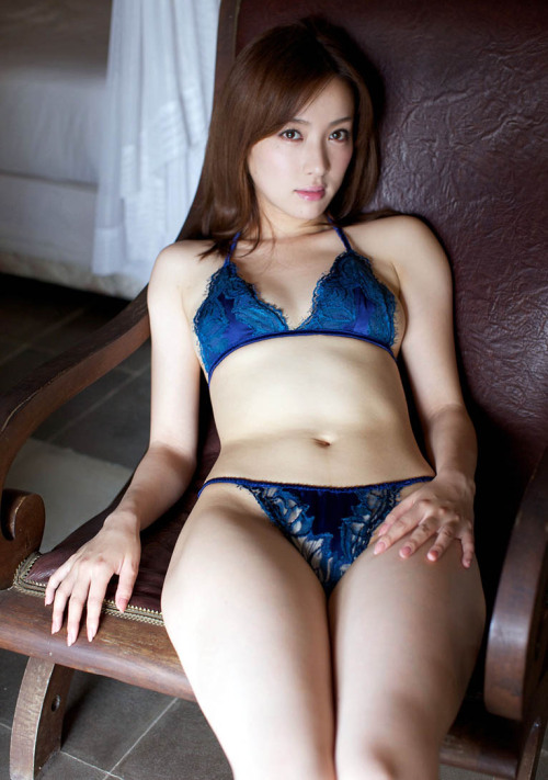 i-really-love-women:  Saki Seto 瀬戸早妃