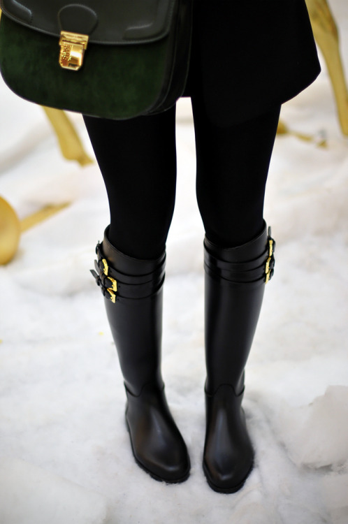 california-diamond:  in love with these boots idk why