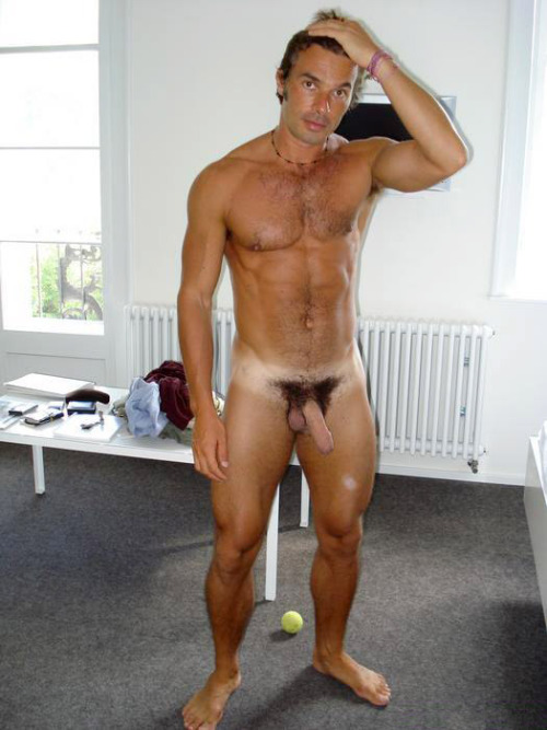 flaccidaffairs:  Hello golden boy!