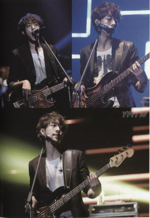 koreanluver:  jungshin ===> in-charge with the bass :)))