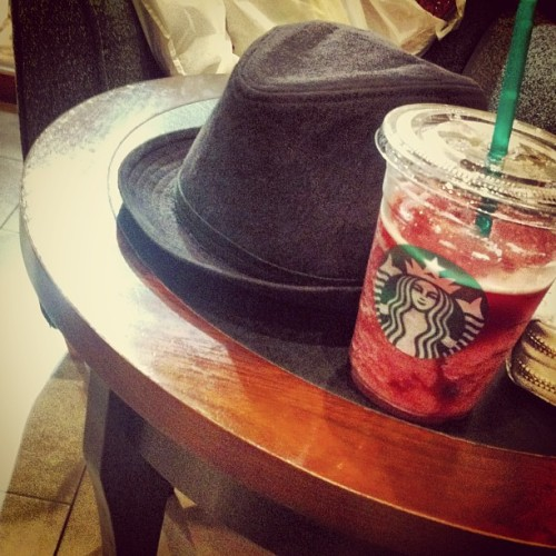 Hat n cap. #starbucks #free #hat #drinks #relax #photooftheday #picoftheday #instaplace #kualalumpur #malaysia #myinstag #instagram #instagrammer #iphone4 #iphone4only #iphoneography  (at Starbucks)