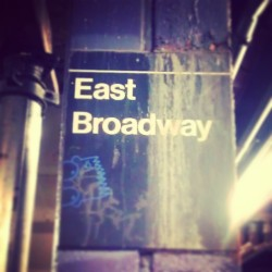 """East Broadway"" #Subway #Underground #LES #LowerEastSide #LowerManhattan #NYC #NewYork #NewYorkCity #UrbanDecay #UrbanDwellings #abrooklynsoul #Rusty #explore_community #explore_nyc #OnthePlatform #SubwayPlatform #EastBroadway (at MTA Subway - East Broadway (F))"