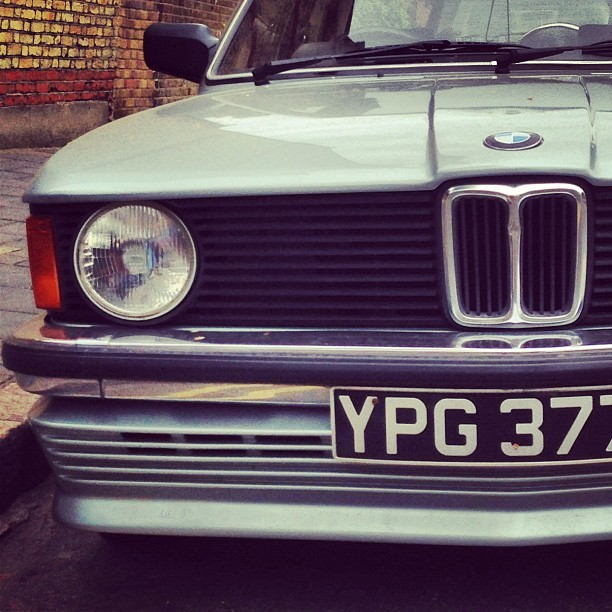 Nice old E30 #bmw #cars
